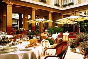 The Patio, Prince de Galles, Paris
